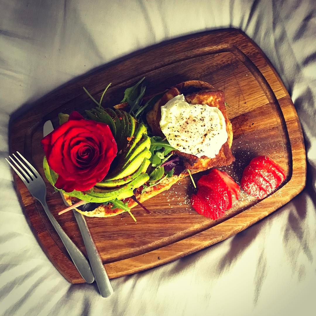 Every morning should start off with breakfast in bed! Happyhellip